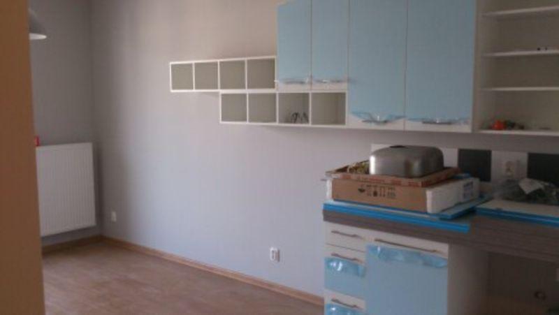 meble w mieszkaniu 18