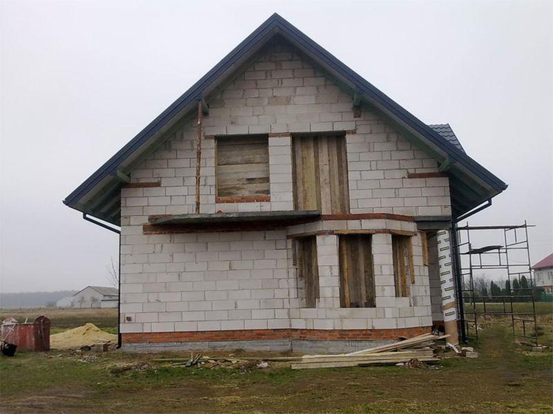 dom w surowym stanie 2