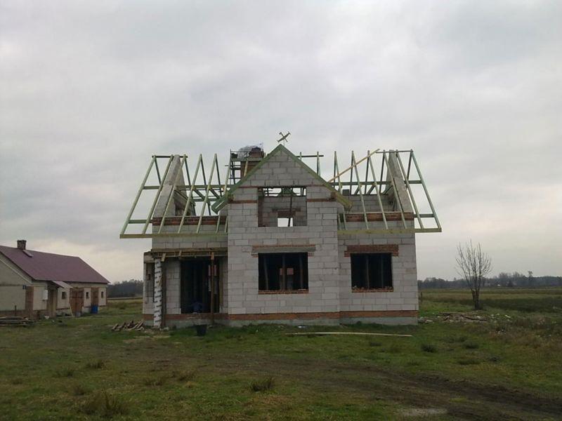 dom w surowym stanie 1