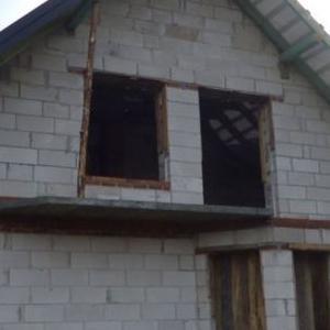 dom w surowym stanie 15