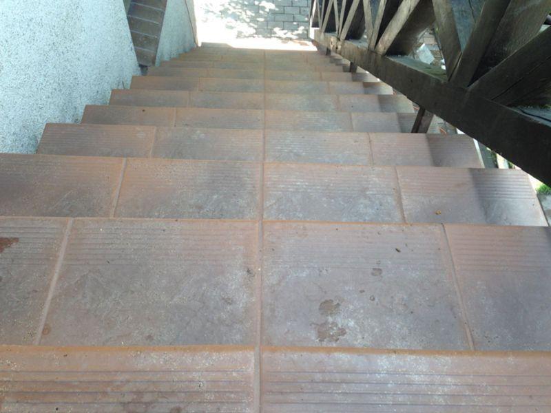 schody wyłożone glazurą 9