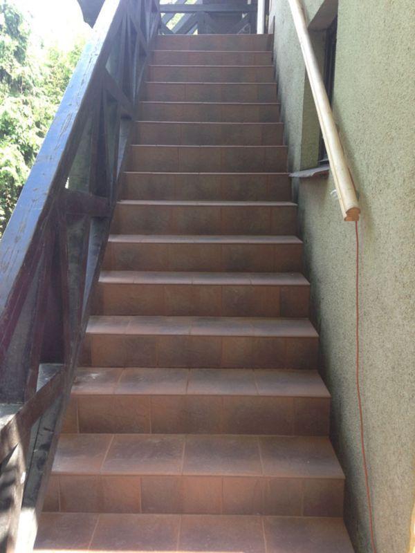 schody wyłożone glazurą 6