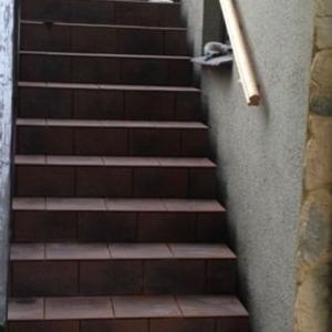 schody wyłożone glazurą 1